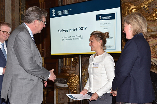 201705 J Duque and A Zenon laureates 2017 of the solvay prize queen elizabeth medical foundation for neurosciences 01